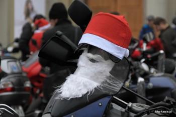 Bo Mikołajem może być każdy.
