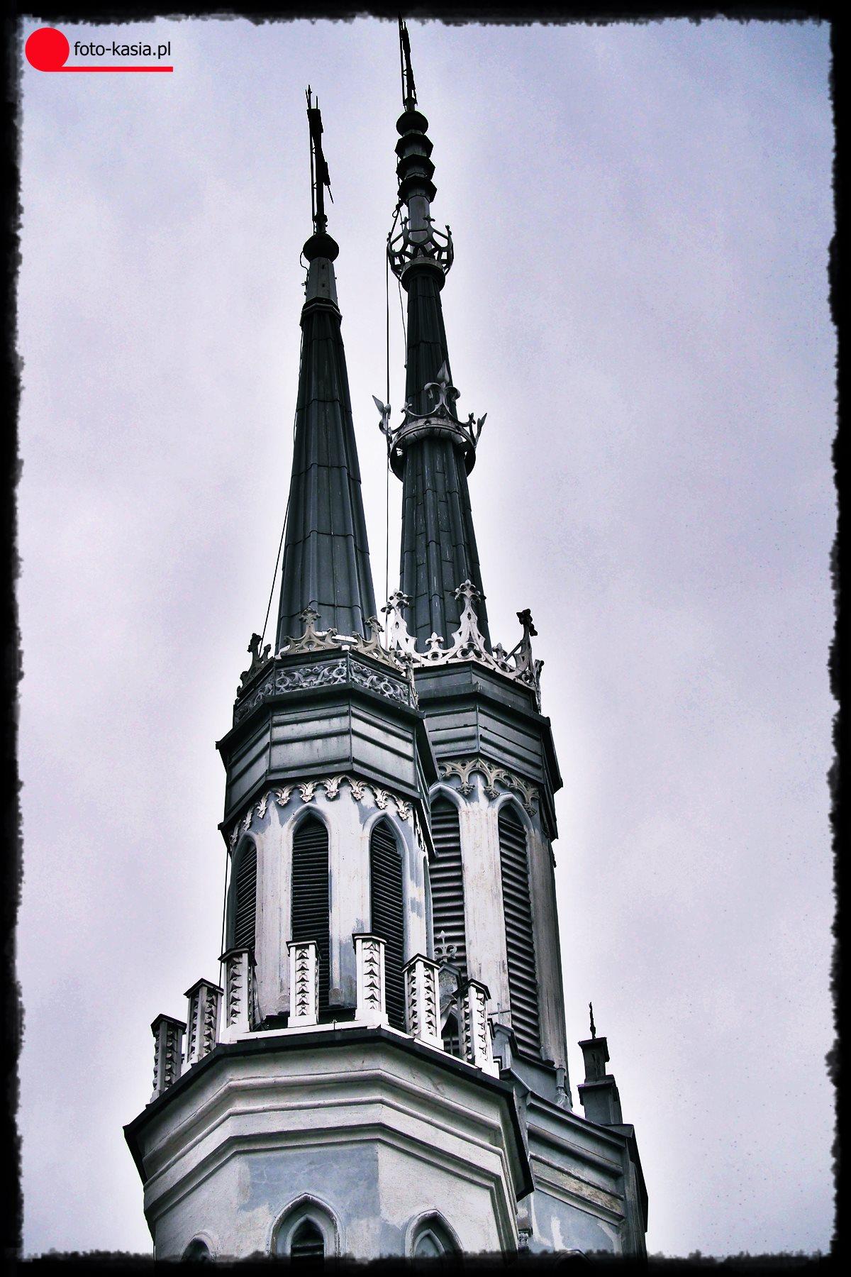 Wieża kościoła starokatolickiego Mariawitów zbudowany w latach 1911-1914